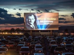 Онлайн-кинотеатр IVI и дизайн-завод «Флакон» откроют автокинотеатр