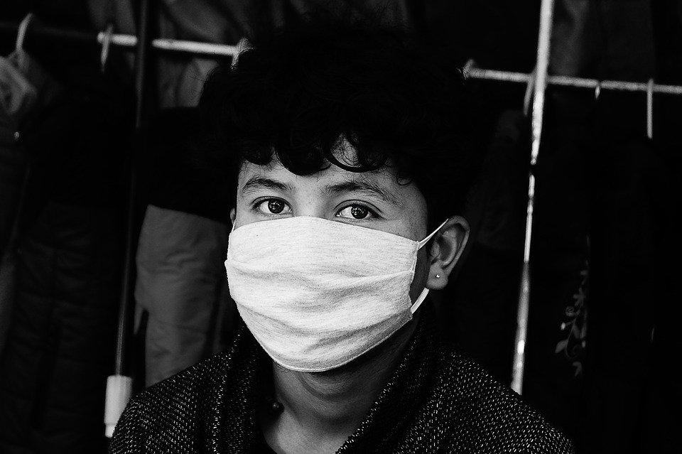 Можно ли защититься от гриппа с помощью медицинской маски - фото 1