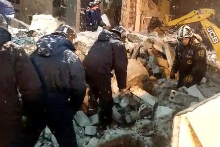 64 тонны мусора вывезено с места взрыва на Мещере