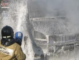 Иномарка горела на Бору из-за неисправности электропроводки
