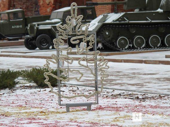 Нижегородский кремль начали украшать к Новому году - фото 13