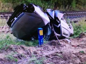 Автомобиль улетел с моста в Выксунском районе