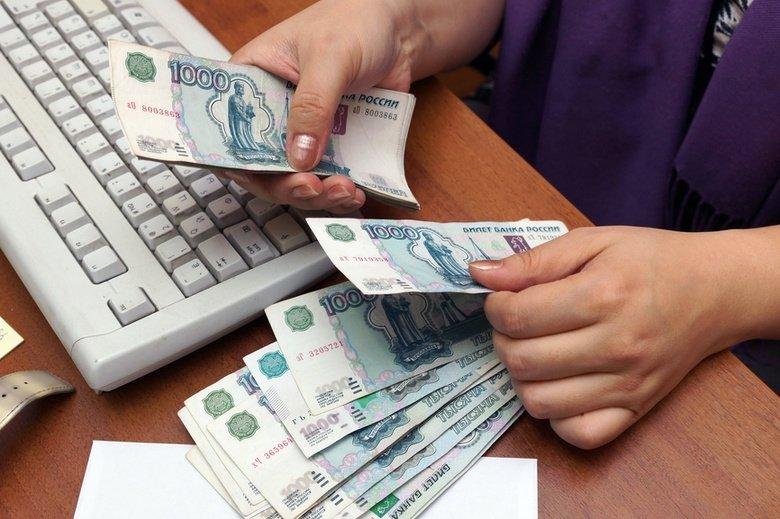 Родителям школьников планируют выдавать деньги на подготовку к 1 сентября - фото 1