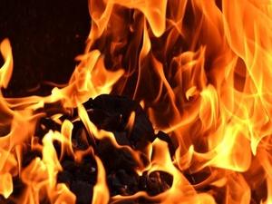 Дом сгорел в Автозаводском районе в результате поджога