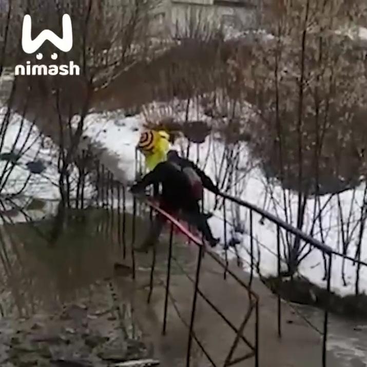 Мост через реку Старка в Советском районе затопило - фото 1