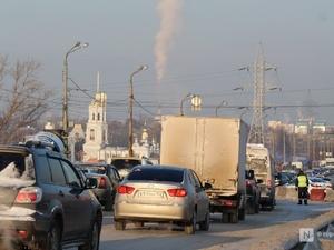 Четверть нижегородских дорог обработают противогололедным реагентом