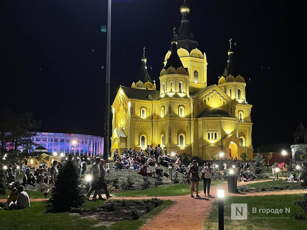Салют прогремел над Нижним Новгородом в день его 800-летия - фото 2