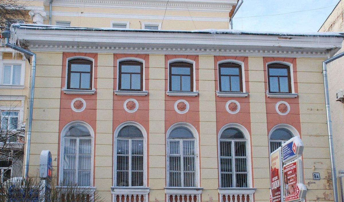Офис с кухней в историческом здании на Большой Покровской продают за 16 млн рублей - фото 1