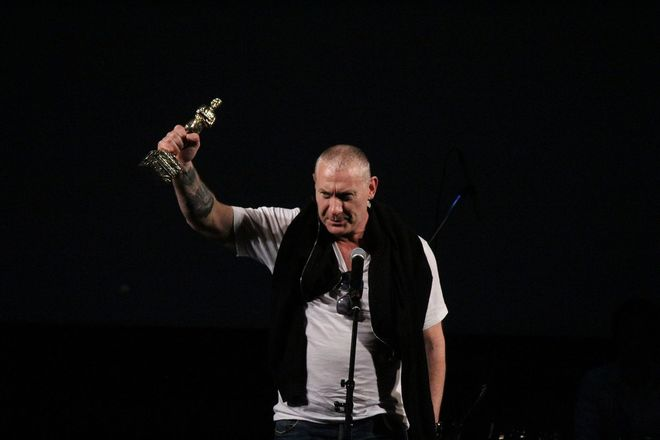 Автографы от звезд и награждение победителей: в Нижнем Новгороде завершился «Горький fest» - фото 32