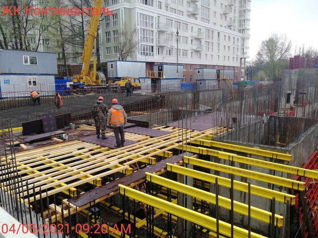 Современный жилой комплекс построят на месте стоявшего 12 лет синего забора в Нижнем Новгороде - фото 1